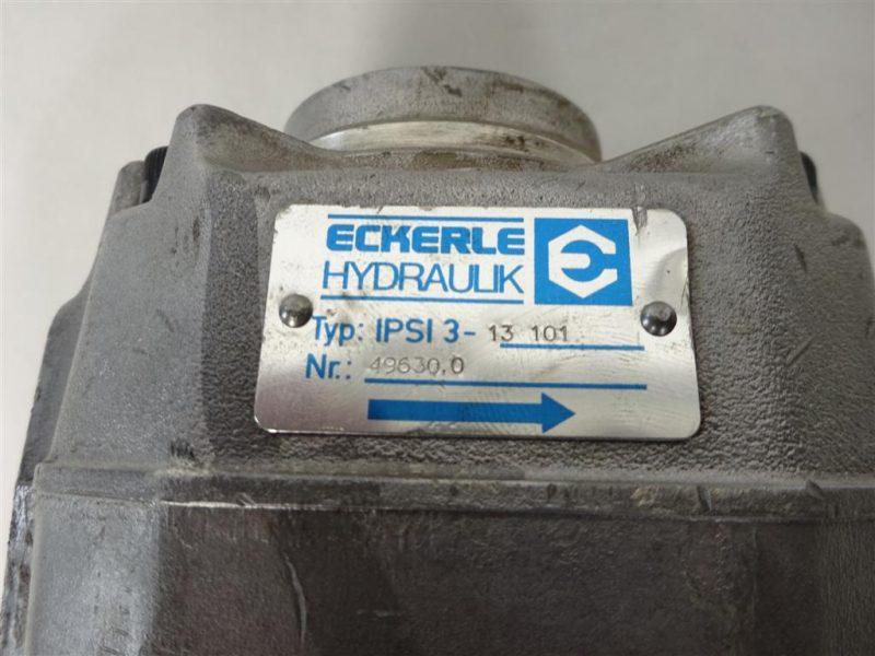 DSC00051 (Large)